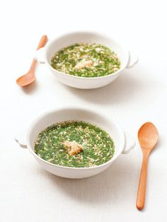 【ELLE a table】モロヘイヤのとろとろスープ【ビタミンCを上手に摂って美白肌】レシピ|エル・オンライン