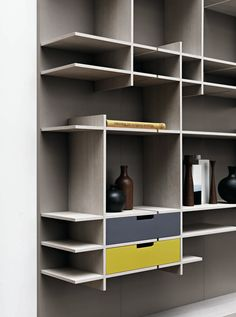 Sectional Storage Wall C-Day By Cesar Arredamenti Bookcase Shelves, Display Shelves, Storage Shelves, Shelving, Bookshelves, Furniture Decor, Modern Furniture, Furniture Design, Shelf Design