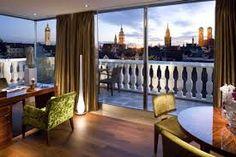B&B Hotel Frankfurt City-Ost konnte den dritten Platz erreichen. Wiederum ist auch dieses Hotel Frankfurt zentral gelegen und verfügt über eine atemberaubende Ausstattung. Die Sauberkeit und der Kundenservice lassen keine Wünsche bei den Gästen offen. http://hotelklein.com