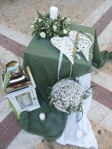 Wedding Table, Wedding Favors, Rustic Wedding, Wedding Decorations, Vintage Birthday Parties, 50th Wedding Anniversary, Wedding Preparation, Centre Pieces, Table Centerpieces