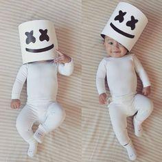 Doing this with my baby for Halloween - a baby Marshmello! Marshmello Costume, Dj Marshmello, Family Halloween Costumes, Halloween Boo, Baby Costumes, Avicii, Dj Panda, Thalia, Dj Electro