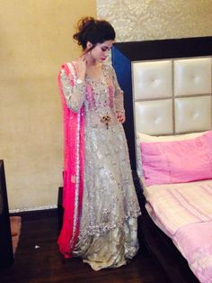 The gorgeous model Huma Khan wears Tena Durrani's 'Angels of Florence' (C24) at a recent wedding in Lahore!  Product detail: http://tenadurrani.com/new_detail.php?currency_code=31&pr_code=15510263  For queries, orders and appointments please email us on info@tenadurrani.com or call us on 0321 232 4600. Discover the new collection at www.tenadurrani.com