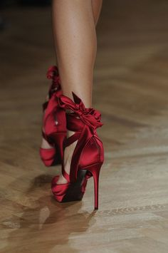 hot shoes, fashion, red shoes, dress, satin, shades of red, talbots, bows, heels
