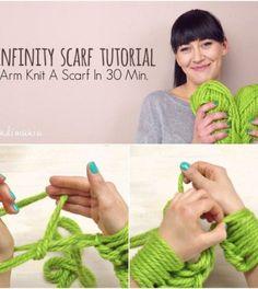 arm-knit-an-infinity-scarf