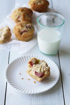 Raparperi-vaniljamuffinssit #raparperi #vanilja #muffinsit
