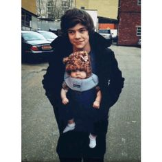 Harry and Louis with Lux masterpost ❤ liked on Polyvore featuring one direction, harry styles, harry, baby lux and lux