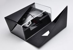 """prerna-agarwal: """" Hellion, inspired by the popular StarCraft II unit is fast, accurate and deadly. This professional gaming mouse packs a world first, true mechanical keyboard keyswitch. Phone Packaging, Plastic Packaging, Brand Packaging, Starcraft, Shoe Box Design, Le Manoosh, Print Finishes, Luxury Packaging, Packaging Design Inspiration"""
