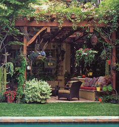 This style pergola for the breezeway beside house, where the English ivy grows rampant.