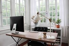 Upperlyne Home: Office Makeover — upperlyne & co. - Will have to think about how to arrange my own home office, come October! Workspace Design, Office Workspace, Office Decor, Home Office Space, Desk Space, Office Spaces, Small Office, Desktop Design, Office Makeover