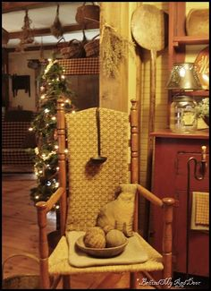 Primitive chair~ Love how the chair is accented with prims