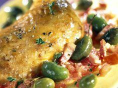 Poulet aux olives vertes et aux lardons