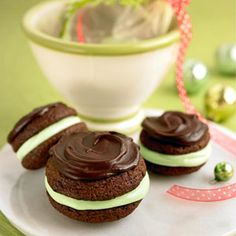 These are like the birthday ice cream sandwiches that @Liz Lauer made me last year!!!