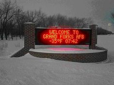 Grand Forks North Dakota I'm really missing snow right about now! 3 years in Grand Forks, boring place but at least I experienced it! Miss North Dakota, Grand Forks North Dakota, South Dakota, Grand Forks Afb, Places To See, Places Ive Been, Fighting Sioux, Airforce Wife, Military Life