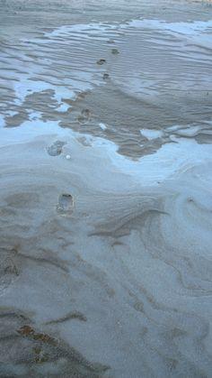 Snow and sand in winter, Kalajoki Finland. Kalajoen Hiekkasärkät talvipäivänä. Loma-asuntomeessualue talvella 2014. Shag Rug, Rugs, Home Decor, Shaggy Rug, Farmhouse Rugs, Decoration Home, Room Decor, Rug, Floor Rugs