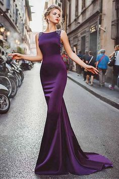 Prom Dress Fitted, Neckline Satin Purple Mermaid Evening Dresses With Beadings There are delicate lace prom dresses with sleeves, dazzling sequin ball gowns, and opulently beaded mermaid dresses. Mermaid Evening Dresses, Formal Evening Dresses, Elegant Dresses, Pretty Dresses, Dress Formal, Purple Evening Gowns, Dress Casual, Formal Gowns, Cheap Prom Dresses
