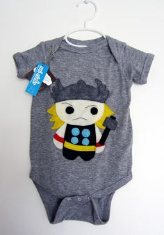 revengers - tor infant bodysuit This hammer-weilding Tor is certainly our superhero ! Funky Baby Clothes, Gender Neutral Baby Clothes, Baby Kids Clothes, Dragon Nursery, Viking Baby, Thor, Baby Dinosaurs, Patchwork Baby, Baby Boy Birthday