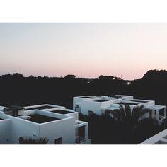 IS travel ~ Blanco hotel Formentera, pink sunseth