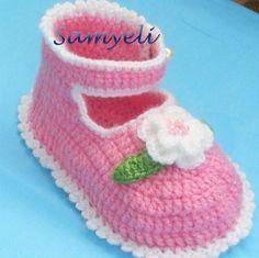 Patucos tejidos al Crochet - diy | Paso a Paso Crochet Diy, Crochet Hats, Baby Booties, Baby Shoes, Children, Kids, Elsa, Babe, Costumes