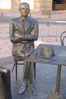 Estatua de Castelao