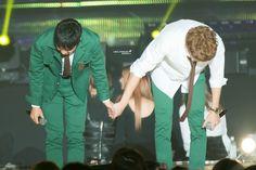 Exo For Life, Exo Couple, Chansoo, Kim Junmyeon, Yixing, Park Chanyeol, Kyungsoo, Parks, Rapper