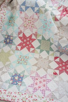 As promised, below is a FREE free printer-friendly La Conner Stars quilt pattern I made just for you! It is a classic star quilt block that is easy to make and creates a beautiful and timeless qu… Vintage Quilts Patterns, Star Quilt Patterns, Antique Quilts, Sewing Patterns, Shirt Patterns, Canvas Patterns, Clothes Patterns, Dress Patterns, Star Quilt Blocks