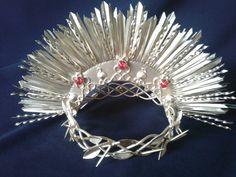 Respaldor y corona de espinas
