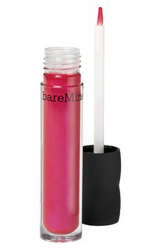I wish more make-up companies would make lip glosses with brushes (do you hear that, Chanel?!!)