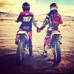 #moto#cross#life#a#2#boy#girl#couple#perfect#amore#love#long#chemin#de#la#vie | MOTO Instagram