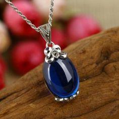 Vintage Style Oval Blue Corundum 925 Sterling Silver Pendant