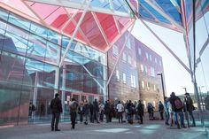 Le Parisien publiait ce mardi 24 mai la version 2016 de son classement des grandes écoles de commerce. L'ESSEC y confirme sa position et se classe 2e au sein du palmarès, qui salue notamment son statut de pionnier de l'apprentissage en France, mis en place dès 1993.