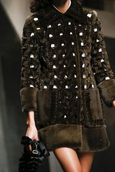 A detailed look at Fendi Spring 2016