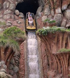you can't beat splash mountain ride on a hot day at Disneyland or ever haha