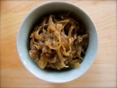 "Slow Cooker Caramelized Onions I ""Let your slow cooker do all the work of making beautifully caramelized onions. Freeze what you don't use right away so you'll have caramelized onions ready in a snap for soups, burgers, omelets, pizzas, and more. Best Slow Cooker, Crock Pot Slow Cooker, Slow Cooker Recipes, Crockpot Recipes, Cooking Recipes, Paleo Recipes, Yummy Recipes, Yummy Food, Slow Cooking"