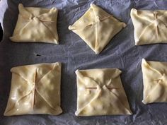 Pizza E Pasta, Strudel, Finger Foods, Cake Recipes, Food And Drink, Cooking, Tableware, Desserts, Cakes