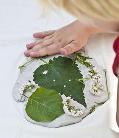 Let children explore all the intriguing natural art materials that outdoors offers. Let them keep a memory of all the things they fins using  modelling clay prints or man-made tiles that can be sent home  or used in the outdoor or indoor school environment!