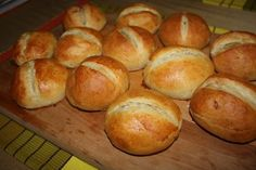 Brotchen....Mmmm, I haven't had these for years. I can't wait to make them.