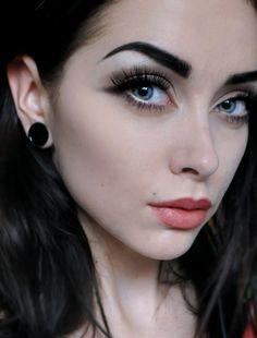 Johanna F. Herrstedt makeup x