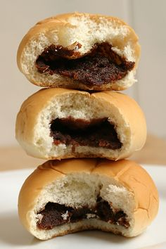 Anpan あんパン - Japanese sweet Brest with red bean paste!! My mom and I make these every weekend too!!