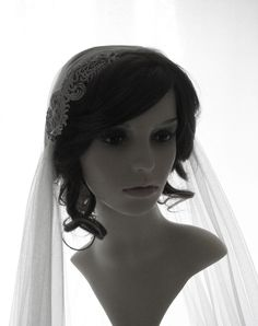 1920s style wedding veil - couture bridal cap veil - crystal feather cap veil - Daisy by CoutureWeddingVeils on Etsy https://www.etsy.com/listing/121183265/1920s-style-wedding-veil-couture-bridal