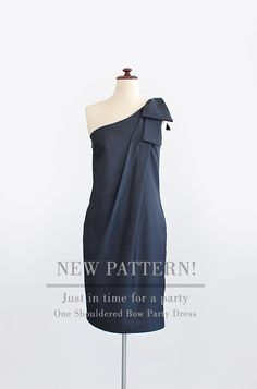 Pattern Runway One Shouldered Bow Dress
