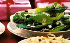 Jouluinen caesarsalaatti sopii erinomaisesti jouluun! Spinach, Tacos, Mexican, Vegetables, Ethnic Recipes, Food, Veggies, Essen, Vegetable Recipes