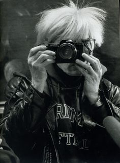 Andy Warhol by Maria Mulas Fosterginger.Pinterest.ComMore Pins Like This One At FOSTERGINGER @ PINTEREST No Pin Limitsでこのようなピンがいっぱいになるピンの限界