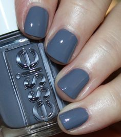 Color grey Essie Serene Slate collection: Tone Down - is a medium steel grey/smoky blue cre. Essie Serene Slate collection: Tone Down - is a medium steel grey/smoky blue creme. Slate Nails, Gray Nails, Pink Nails, Essie Nail Polish Colors, Grey Nail Polish, Nail Colors, American Nails, Fall Acrylic Nails, Nail Manicure