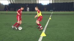 exercice de dribble football 1 contre 3