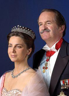 Duchess of Bragança History Of Portugal, Duke Of Devonshire, Royals, Donia, Duchess Of York, Visit Portugal, Royal Jewelry, Jewellery, Kingdom Of Great Britain