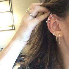 Lucy Hale S Ear Piercings Promis - Inspiring Ideas Gold Bridal Earrings, Bar Stud Earrings, Emerald Earrings, Rose Gold Earrings, Unique Earrings, Dainty Earrings, Lucy Hale, Types Of Ear Piercings, Piercing Ideas