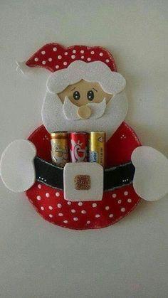 Santa Claus lipstick holder Joelma Lima Art for Christmas Cd Crafts, Foam Crafts, Preschool Crafts, Diy And Crafts, Christmas Sewing, Christmas Art, Christmas Projects, Holiday Crafts, Christmas Christmas