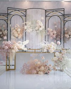 Instagram Bridal Table Decorations, White Wedding Decorations, Luxury Wedding Decor, Decoration Table, Church Wedding Flowers, Blush Wedding Flowers, Wedding Flower Arrangements, Floral Arrangements, Wedding Backdrop Design