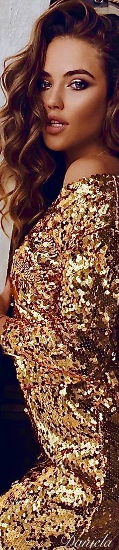 Enchanted Evening, Golden Goddess, Gold Fashion, Love And Light, Her Style, Happy New, My Favorite Color, Sequin Skirt, Sequins