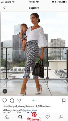 Pin by Kerri Betts on Fashion in 2019 Casual Work Outfits, Mode Outfits, Work Attire, Classy Outfits, Chic Outfits, Pretty Outfits, Fashion Pants, Look Fashion, Fashion Outfits